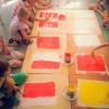 Letný tábor v Purpur ateliéri - maľba - príprava podkladu
